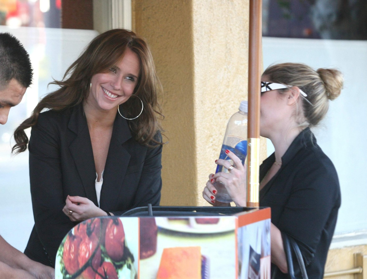 Jennifer Love Hewitt, Mozza Pizzeria Restaurant, West Hollywood 817